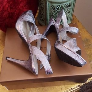 NWOT - Audrey Brooke Cassidy Sandals - Size 10